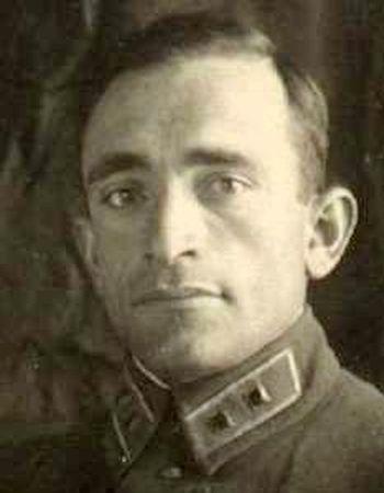 Берберов Алим Аметович (1912 — ?)