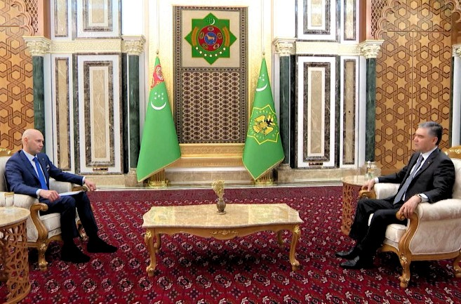 Туркменистан — не застывшая конструкция