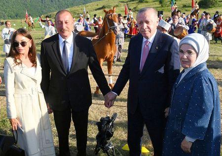 О чем Эрдоган и Алиев договорились в Шуше
