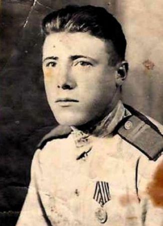 Белялов Мустафа (1920 -?)