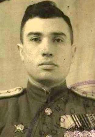 Менаджиев Ростислав Эбадулович (1922 — ?)