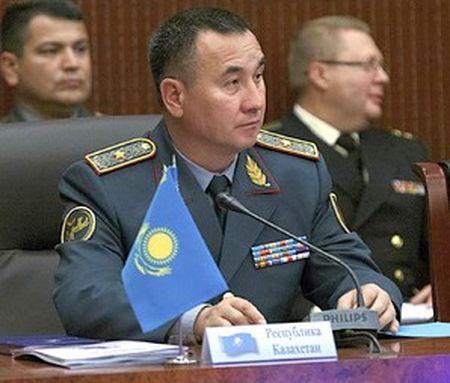 В Казахстане новый министр обороны
