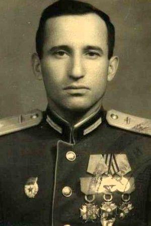 Меметов Исмаил (1916 — 1997)