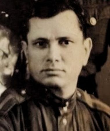 Зиядинов Мустафа (1914 — 1965)
